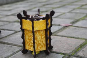 small-hexagonal-lantern-without-painting-can-be-folded-1